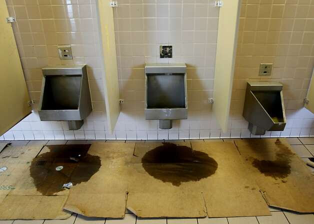 Golden Gate's Vista Point restroom woes - SFGate