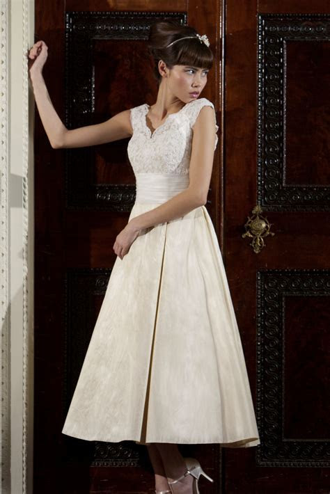 Peony Wedding Dress from Nicki Flynn   hitched.co.uk