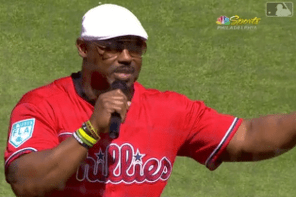 4aa686135e0 Former Eagles safety Brian Dawkins got Phillies fans pumped up at Bryce  Harper s debut