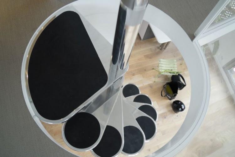 Spiral Staircase | HomeDSGN - Part 7