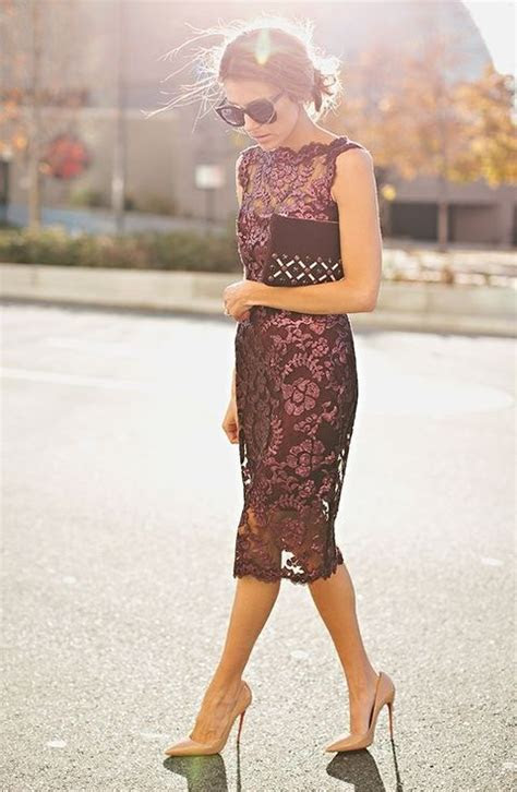 24 Chic Fall Wedding Guest Outfits For Ladies   HappyWedd