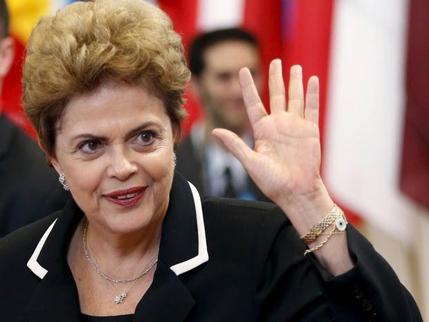 Dilma diz que inflação 'preocupa bastante' e tem de ser derrubada logo http://www.cantinhojutavares.com