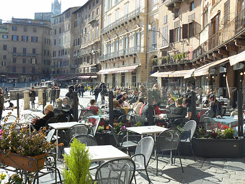 terrasses à Sienne.jpg