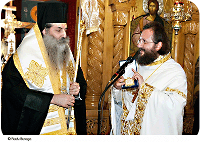 Η «Σύναξη Κληρικών και Μοναχών» προς τον Μητροπολίτη Πειραιώς, υπέρ του Πρωτοπρεσβυτέρου π. Ματθαίου Βουλκανέσκου