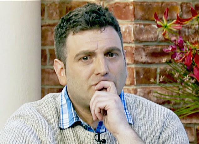 O britânico Andrew Wardle, 40, que nasceu sem pênis