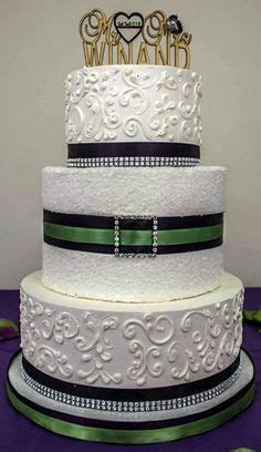 1000  images about Bling Wedding Cakes on Pinterest