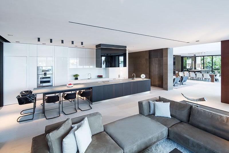 white minimalist kitchen cabinets 261116 1137 11 800x534