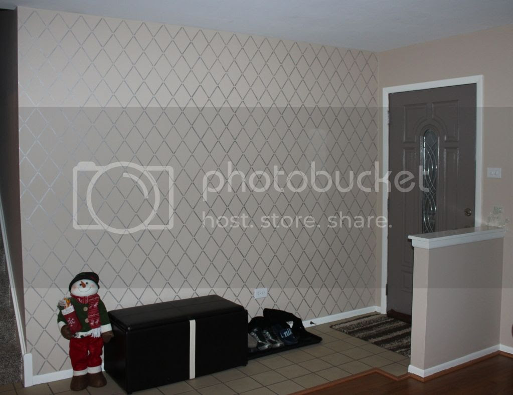 Stenciled Wall with Metallic Paint