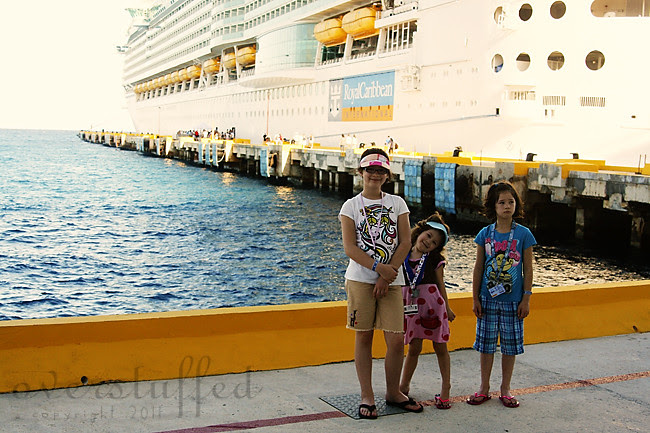 IMG_7640 girls on pier 3 web