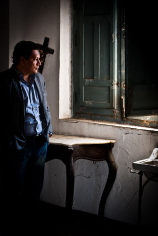 """Jorge Galán's recent novel """"Noviembre,"""" which recounts the 1989 murder of six Jesuit priests by the Salvadoran Army, has resulted in threats on his life."""