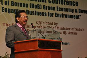 http://awsassets.panda.org/img/right_honourable_chief_minister_of_sabah__datuk_seri_panglima_musa_hj__aman_413360.png