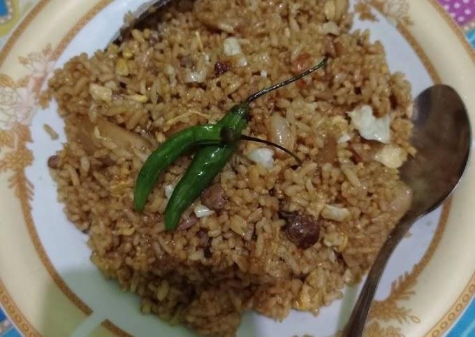 Cara Praktis Mempersiapkan Nasi goreng favorit my suami Yang Enak
