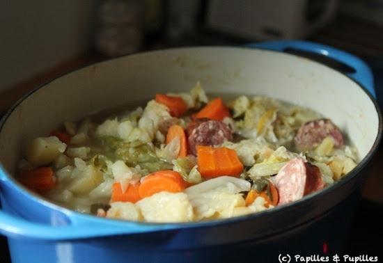 Vie quotidienne de Flaure: Soupe aux légumes et à la Morteau