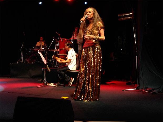 Show de Maria Bethânia no Farol da Barra, em Salvador (Foto: Alan Alves/G1)