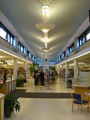 main aisle