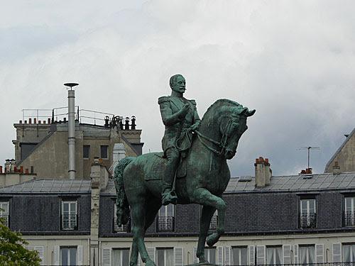 statue Trocadéro.jpg