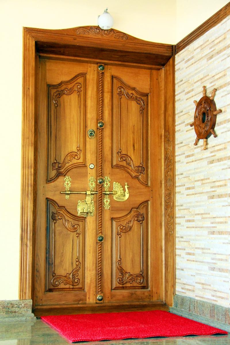 double door design in kerala    667 x 1000