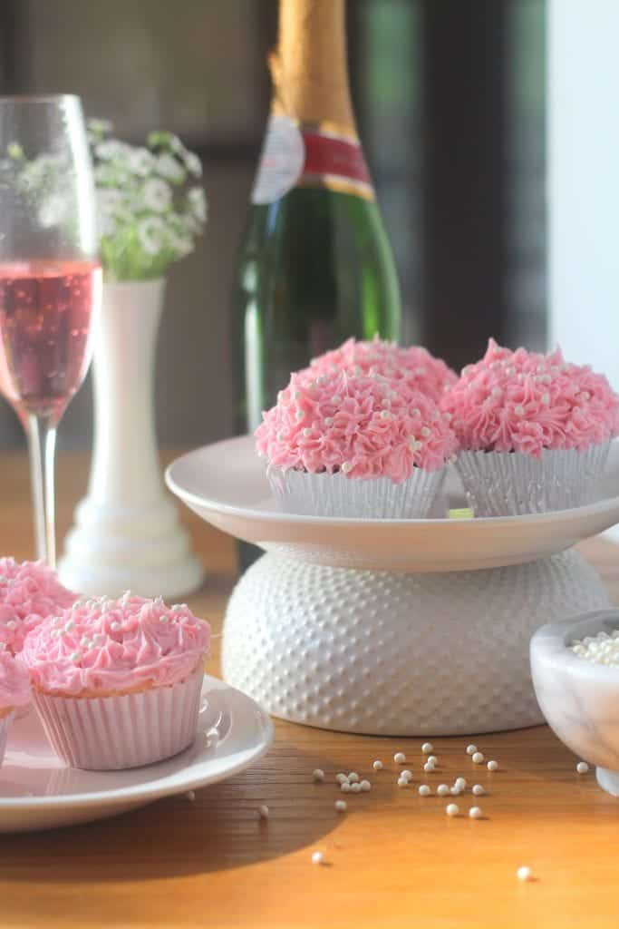 pink champagne cupcakes, eventsojudith, party planner