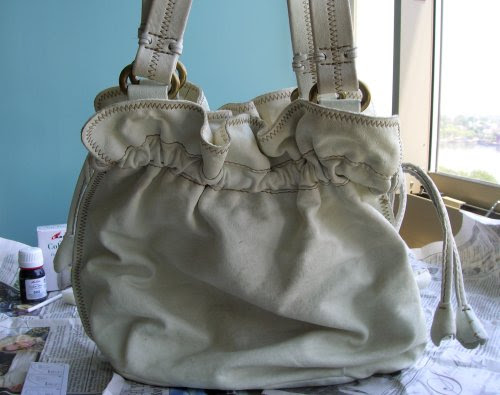 How To Renew Old Handbag