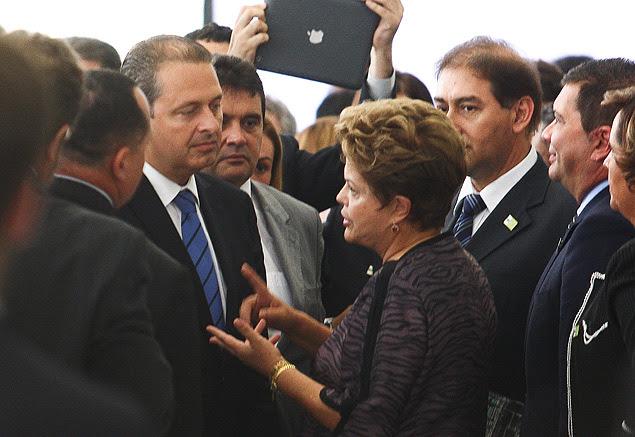 Dilma Roussefff com Eduardo Campos durante reunião com governadores na semana passada