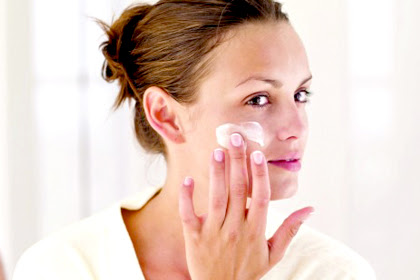 The Best Skin Care Routine For Your Age