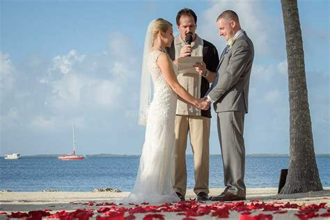 simple keys weddings wedding officiant  florida keys