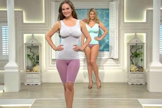 Canal de vendas chama atenção ao exibir modelos usando peça íntima extremamente apertada
