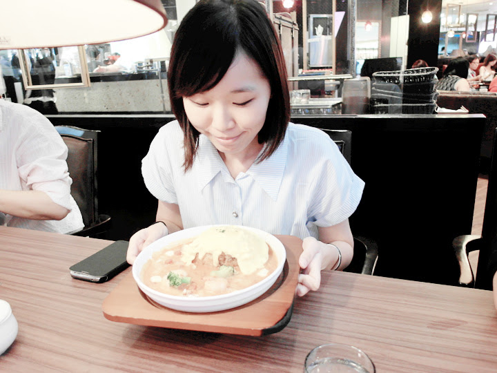 jing jing with food