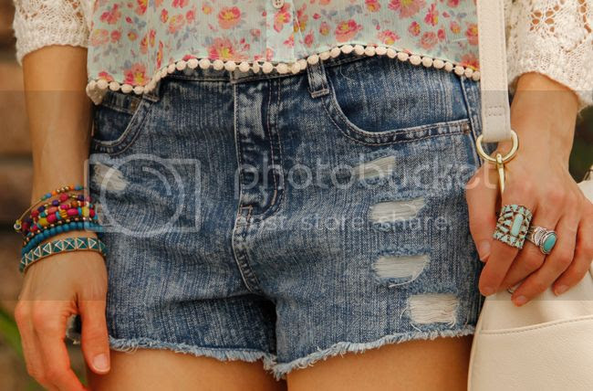 Kohl's summer 2015 Juniors trends, high waisted cutoff denim shorts