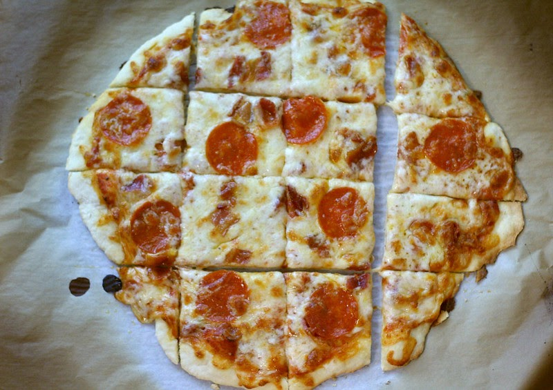 St Louis Style Pizza Thin And Crusty Pizza