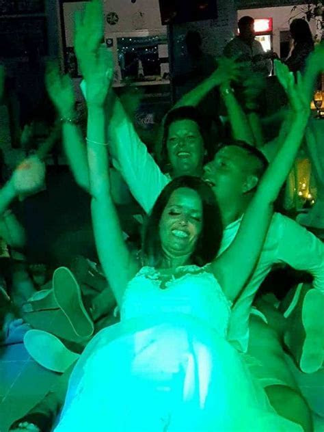 Top first wedding dance songs of 2018   Rhodes Wedding DJ