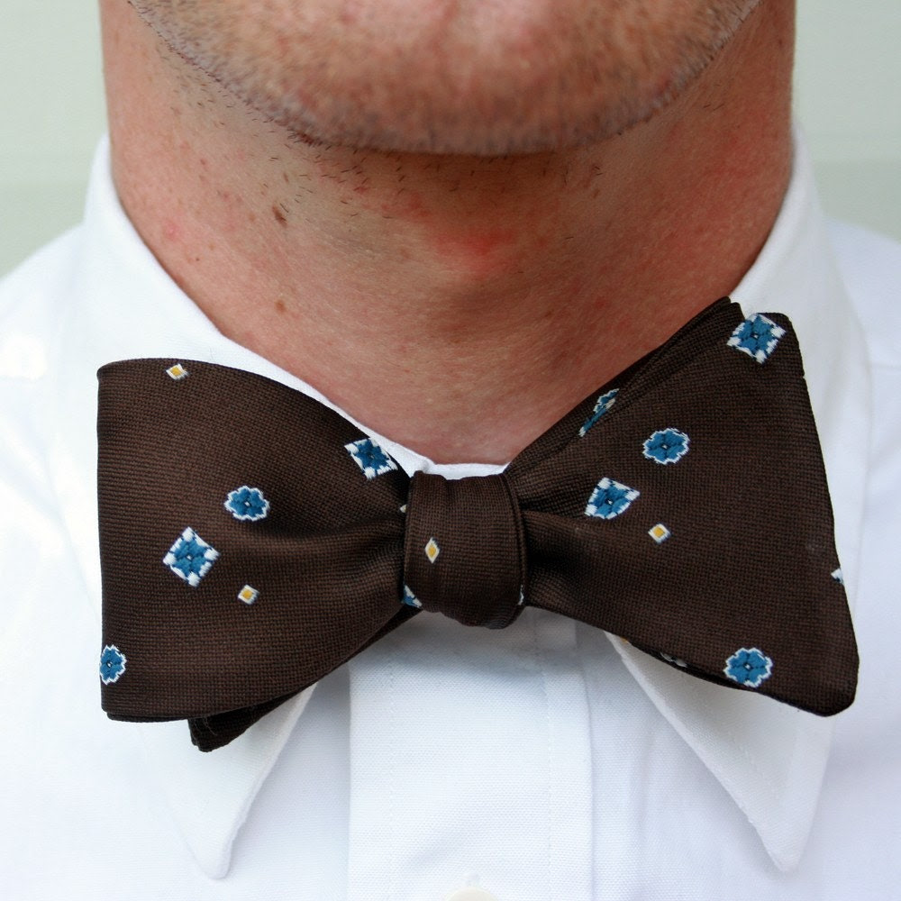 dorky brown bow tie- freestyle