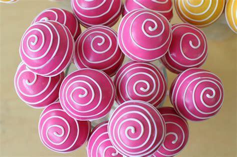 Pink Cake Pops   Bitsy Bride