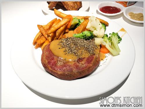 IKEA牛肉漢堡排04