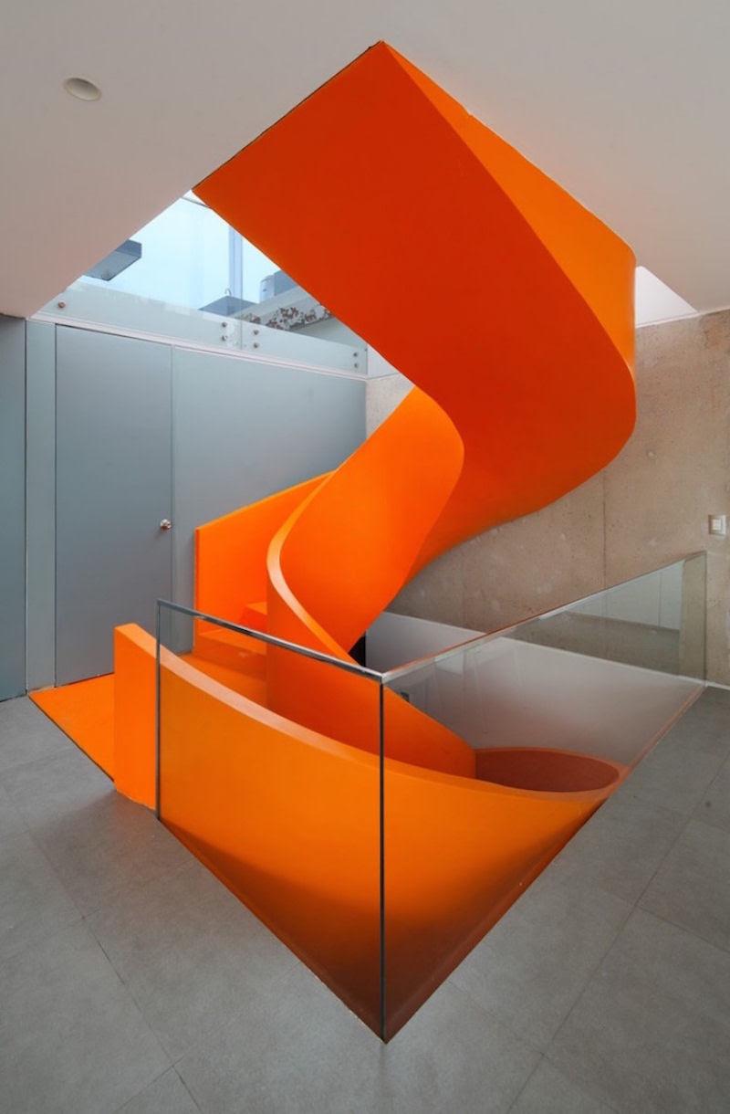 Escadas incrivelmente projetadas que estão um degrau acima das demais 20