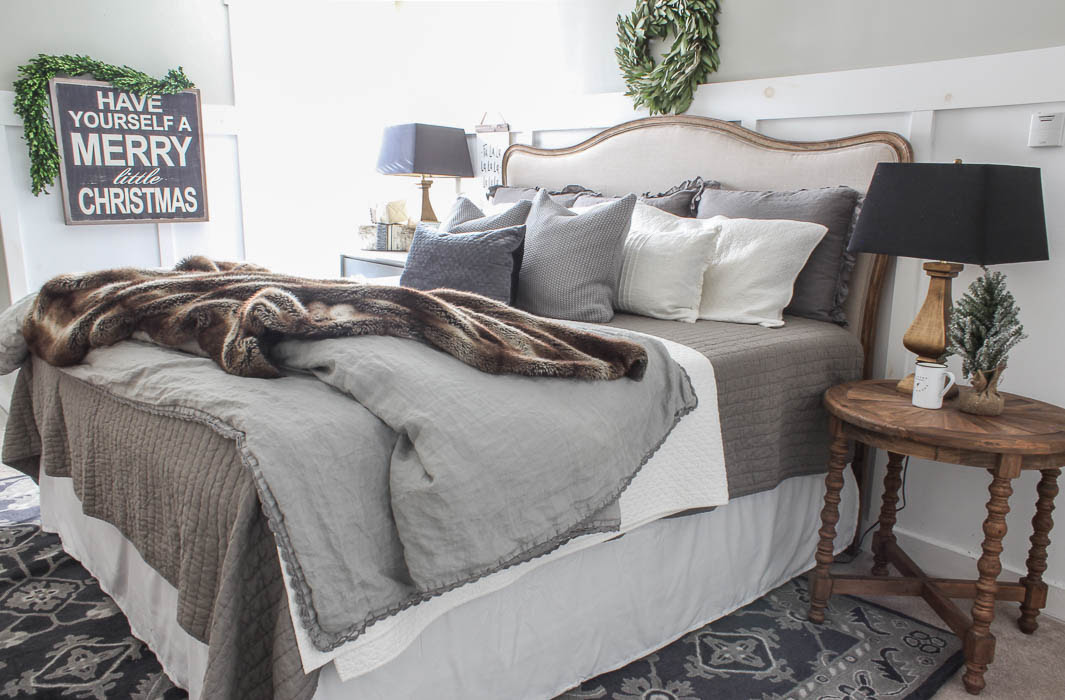 Christmas Farmhouse Bedroom | Rooms FOR Rent Blog