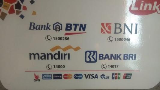 Soal ATM Link, Komunitas Konsumen Laporkan Bank-bank BUMN ke KPPU