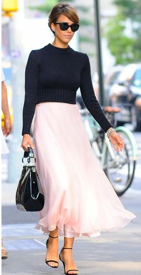 Jessica Alba NY street style