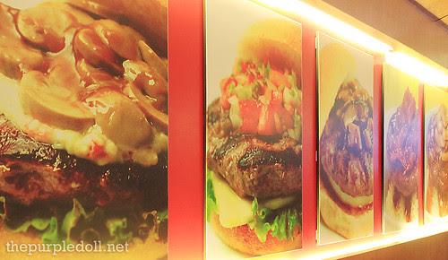 Big Better Burgers Interior
