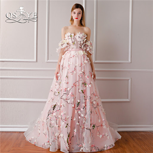 QSYYE 2018 New Arrival 3D Floral Flower Formal Evening Dresses Sweetheart  Lace Sweep Train Vintage Prom Dress Party Gown 01a2d4d7c031