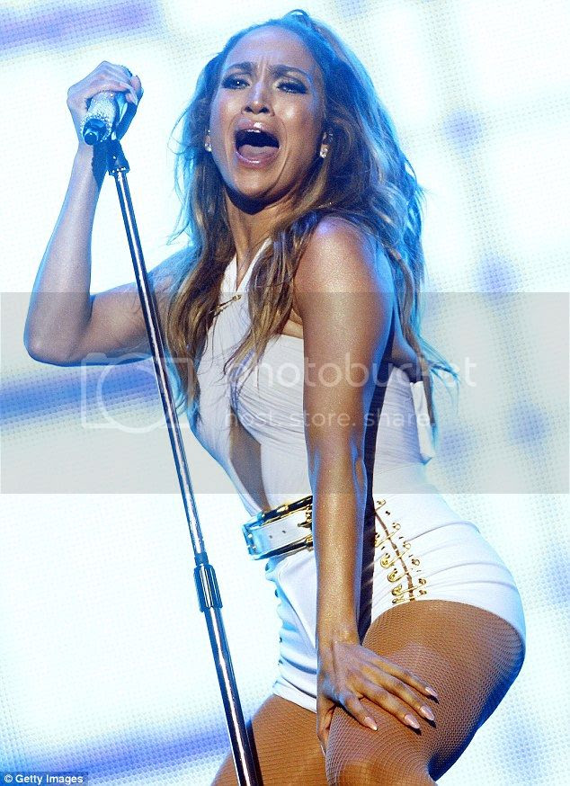Jennifer Lopez's Bodysuits at Singapore Grand Prix photo jennifer-lopez-singapore-grand-prix-01.jpg