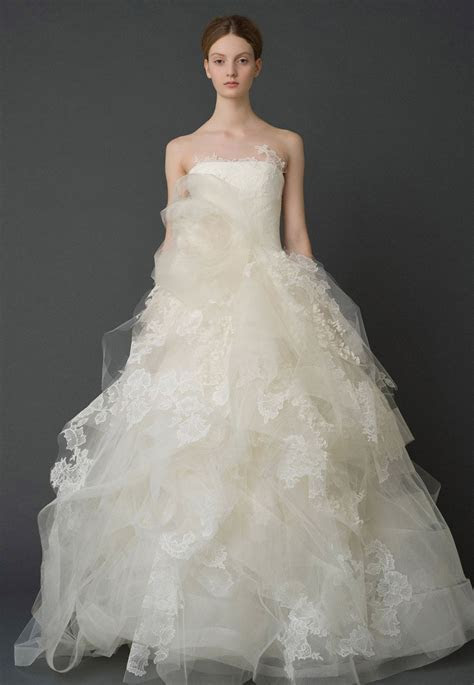 Wedding Dresses, Bridal Gowns by Vera Wang   Iconic