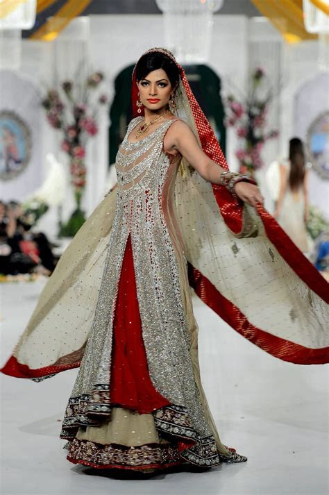Pakistani Bridal Dresses   Rani Emaan Bridal Dresses in