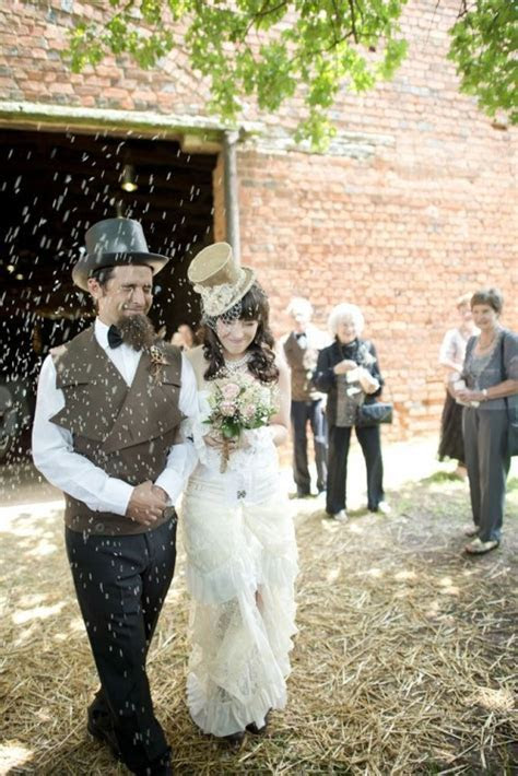 DIY Low Cost South African Steampunk Wedding   Weddingomania