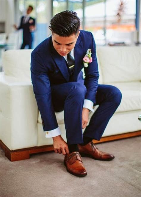 25  best ideas about Navy suit groom on Pinterest   Men's