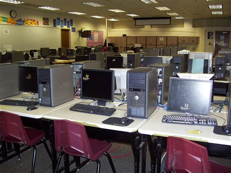 computer lab chinle high school