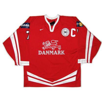 Denmark 2005 jersey photo Denmark2005F.jpg
