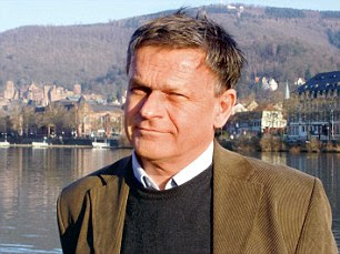 Professor Dr. Axel Michaels, Head of Classical Indology at the University of Heidelberg, says students from 34 countries have taken the course
