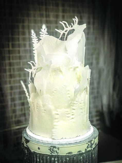 7 Wedding Cake Trends for 2019   SB Magazine