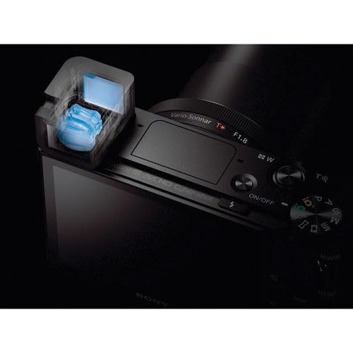 "0.39"" 1,440k-dot SVGA OLED Tru-Finder has Zeiss T*-coated optics"